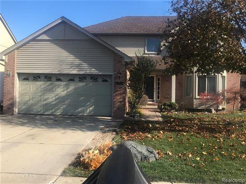Photo of 33722 MORNINGSIDE, Fraser, MI 48026-5081 (MLS # 40000391)