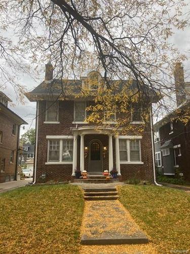 Tiny photo for 2476 EDISON ST, Detroit, MI 48206-2045 (MLS # 40114394)