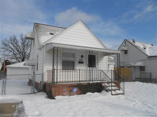 Photo of 8291 SUPERIOR, Center Line, MI 48015-1344 (MLS # 40017396)