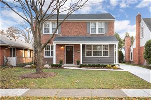 Photo of 373 HILLCREST AVE, Grosse Pointe Farms, MI 48236-3151 (MLS # 21527400)