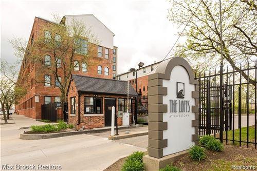 Photo of 6533 E JEFFERSON AVE, Detroit, MI 48207-4399 (MLS # 40047412)