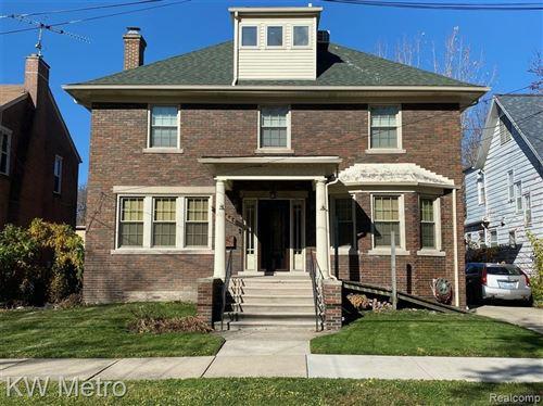 Photo of 14441 HARBOR IS, Detroit, MI 48215-3140 (MLS # 40134415)