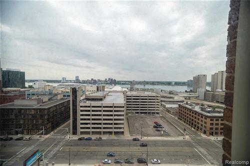 Tiny photo for 525 W LAFAYETTE BLVD, Detroit, MI 48226-3122 (MLS # 40072420)