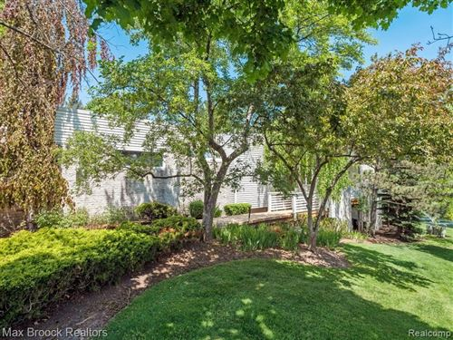 Tiny photo for 1776 ALEXANDER DR, Bloomfield Township, MI 48302-1203 (MLS # 40200422)