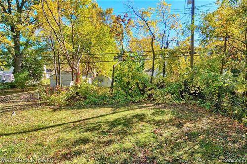 Tiny photo for 2904 HORTON ST, Ferndale, MI 48220-1080 (MLS # 40114423)