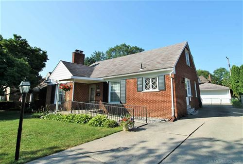 Photo of 1253 CADIEUX, Grosse Pointe Park, MI 48230 (MLS # 50023428)