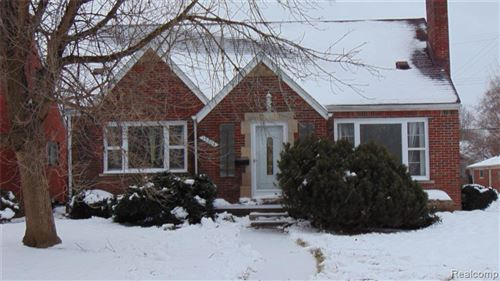 Photo of 15704 CAMDEN AVE, Eastpointe, MI 48021-1604 (MLS # 40017429)