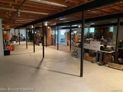Tiny photo for 1170 FOXWOOD CRT, Bloomfield Hills, MI 48304-1112 (MLS # 40112434)