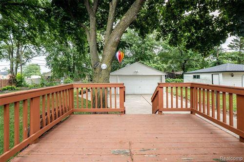 Tiny photo for 3026 N WILSON AVE, Royal Oak, MI 48073-3579 (MLS # 40103436)