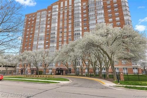 Photo of 250 E HARBORTOWN, Detroit, MI 48207 (MLS # 40234438)