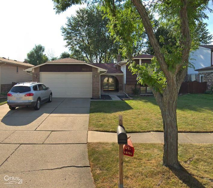 Photo of 38329 Cottonwood Dr, Sterling Heights, MI 48310 (MLS # 50003446)