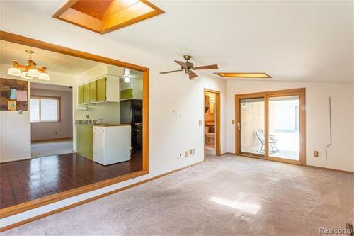 Tiny photo for 523 CHERRY AVE, Royal Oak, MI 48073-4043 (MLS # 40102449)