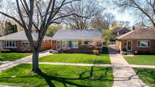 Tiny photo for 2392 DERBY RD RD, Birmingham, MI 48009-5817 (MLS # 40170452)
