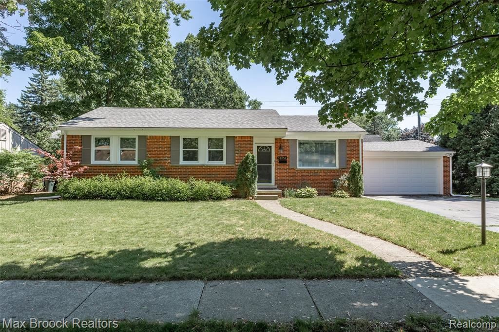 Photo for 16151 LAUDERDALE AVE, Beverly Hills, MI 48025-5546 (MLS # 40135462)