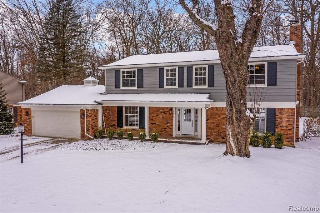 Photo for 32279 CROSS BOW ST, Beverly Hills, MI 48025-3406 (MLS # 40141465)