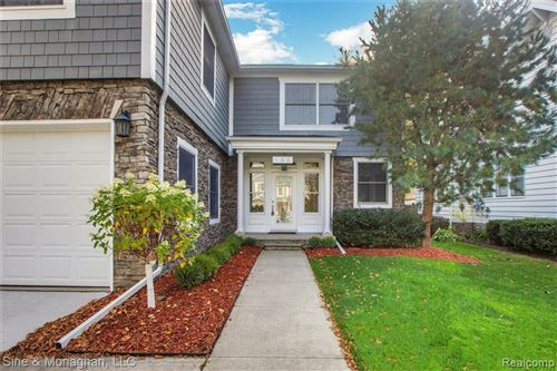 Photo of 155 LAKEVIEW AVE, Grosse Pointe Farms, MI 48236-2906 (MLS # 40080469)