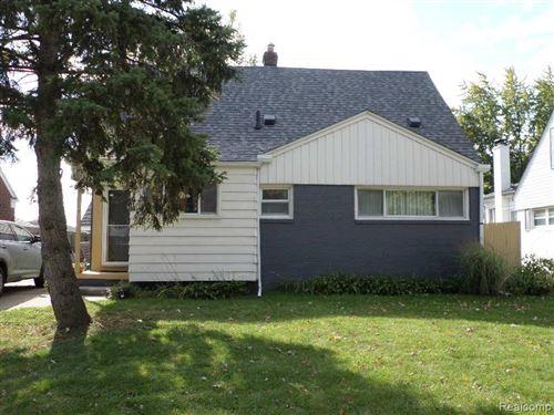 Photo of 20704 LANCASTER ST, Harper Woods, MI 48225-1636 (MLS # 40098473)