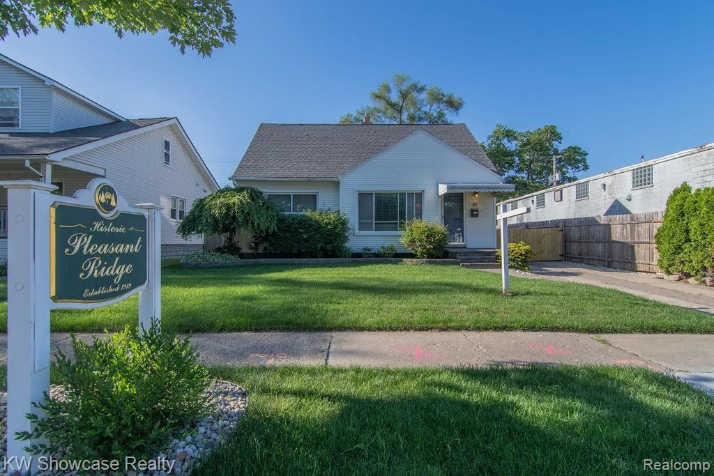 Photo for 81 WOODWARD HEIGHTS BLVD, Pleasant Ridge, MI 48069-1249 (MLS # 21622476)