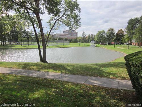 Tiny photo for 235 WINDWARD CT # 14, Detroit, MI 48207-5054 (MLS # 40245477)
