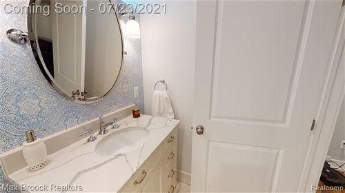 Tiny photo for 419 PINGREE BLVD, Royal Oak, MI 48067-1818 (MLS # 40201480)