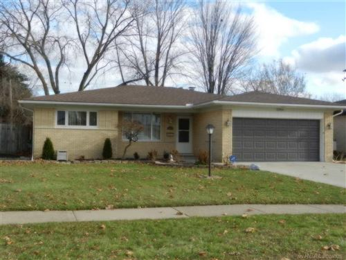 Photo of 33864 Ashton Dr, Sterling Heights, MI 48312 (MLS # 50001484)