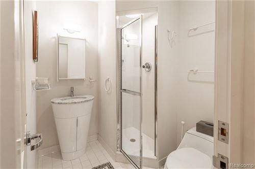 Tiny photo for 4054 CRANBROOK CRT, Bloomfield Hills, MI 48301-1704 (MLS # 40124486)