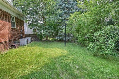 Tiny photo for 926 E 4TH ST, Royal Oak, MI 48067-2806 (MLS # 40200487)
