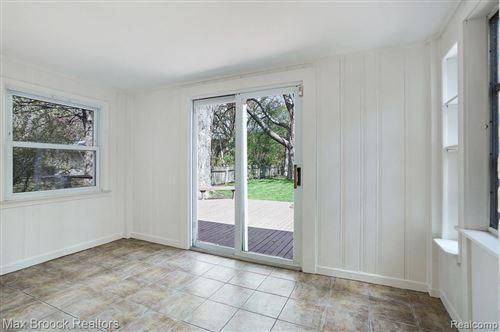 Tiny photo for 16270 LOCHERBIE AVE, Beverly Hills, MI 48025-4208 (MLS # 40169490)