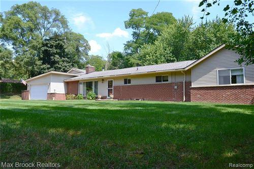 Tiny photo for 2851 FRANKLIN RD, Bloomfield Hills, MI 48302-0914 (MLS # 40145495)