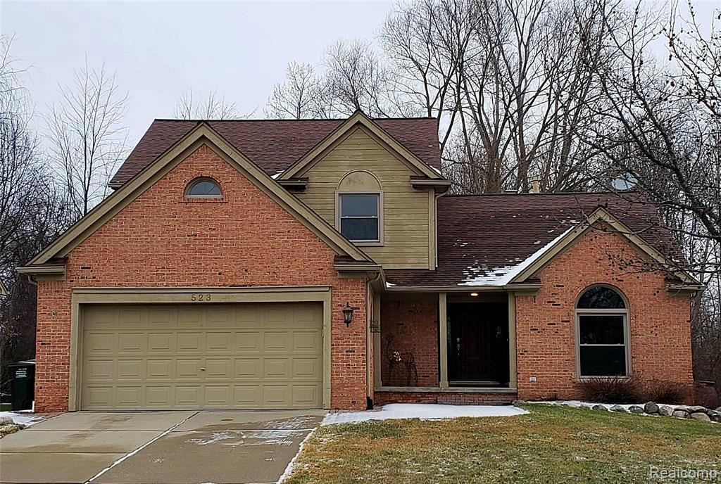 Photo of 523 BUTTERCUP DR, Rochester Hills, MI 48307-5214 (MLS # 40015495)