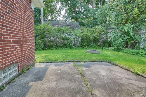 Tiny photo for 926 E 4TH ST, Royal Oak, MI 48067-2806 (MLS # 40200496)