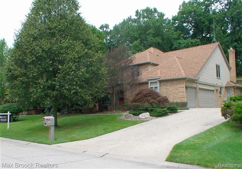 Photo of 2817 EAGLE DR, Rochester Hills, MI 48309-2852 (MLS # 40004501)