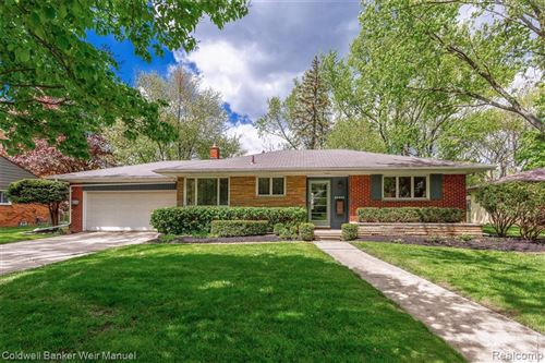 Photo of 17344 KINROSS AVE, Beverly Hills, MI 48025 (MLS # 40173501)