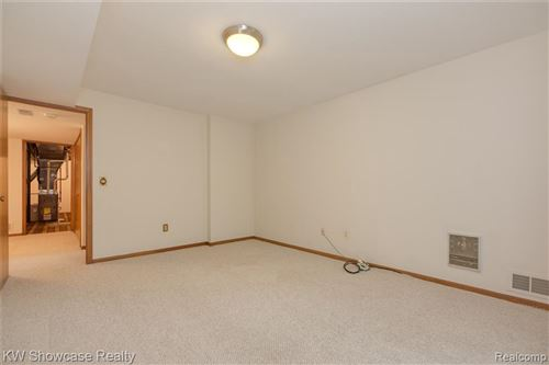 Tiny photo for 4237 SAWGRASS DR, Bloomfield Hills, MI 48302-1765 (MLS # 40244502)
