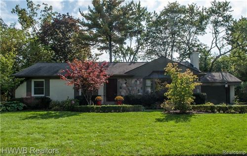 Photo of 18181 KIRKSHIRE AVE, Beverly Hills, MI 48025-3146 (MLS # 40029506)