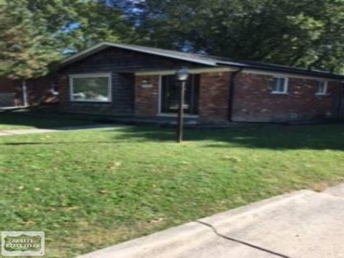 Photo of 21600 Martin Rd., Saint Clair Shores, MI 48081 (MLS # 50029513)