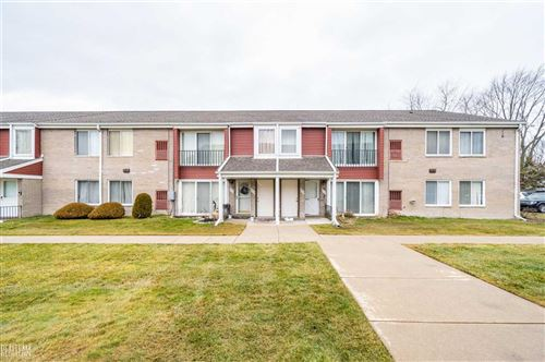 Photo of 404 Sunset, Saint Clair Shores, MI 48082 (MLS # 50032522)