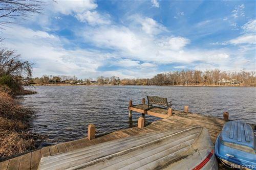 Tiny photo for 3810 WABEEK LAKE DRIVE E., Bloomfield Hills, MI 48302-1258 (MLS # 40124527)