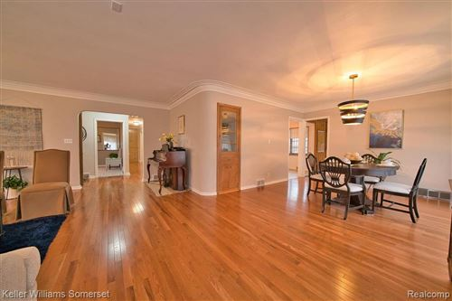 Tiny photo for 6808 W OUTER DR, Detroit, MI 48235-2854 (MLS # 40134530)