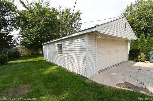 Tiny photo for 3903 EDGAR AVE, Royal Oak, MI 48073-2253 (MLS # 40102541)