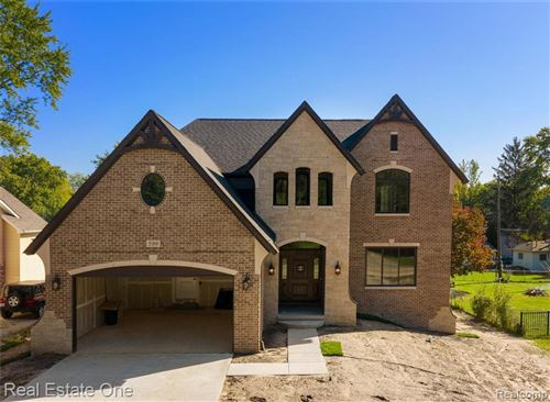 Photo of 599 CURZON RD, Rochester Hills, MI 48307- (MLS # 30773545)