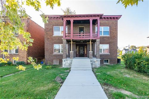 Photo of 222-226 KENILWORTH ST, Detroit, MI 48202-1668 (MLS # 40115549)