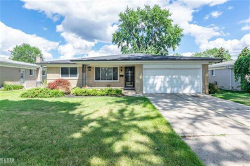 Photo of 34846 Carbon, Sterling Heights, MI 48312 (MLS # 50017552)
