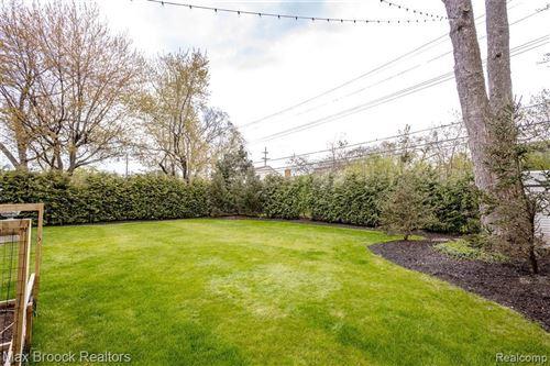 Tiny photo for 1003 WAKEFIELD ST, Birmingham, MI 48009-3086 (MLS # 40169556)