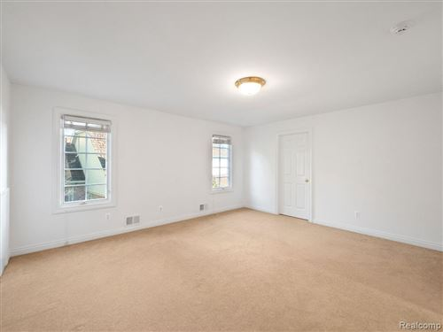 Tiny photo for 8 VAUGHAN, Bloomfield Hills, MI 48304-2702 (MLS # 40135558)