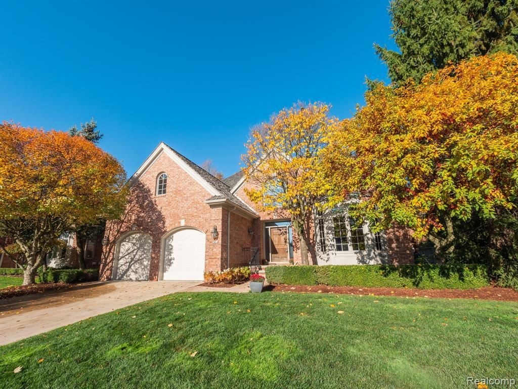 Photo for 8 VAUGHAN, Bloomfield Hills, MI 48304-2702 (MLS # 40135558)