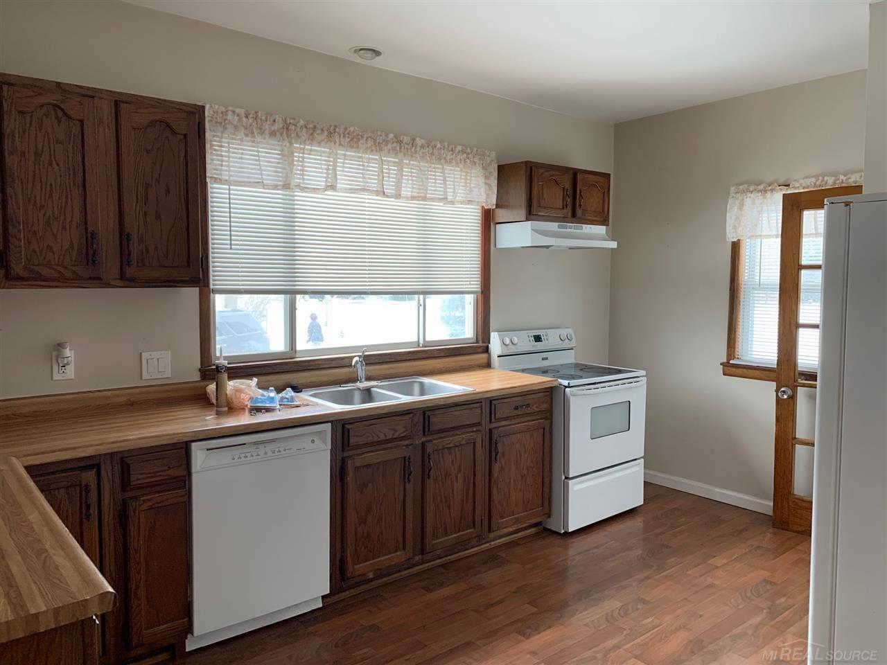 Photo of 2175 Auburn, Rochester Hills, MI 48309 (MLS # 50005558)