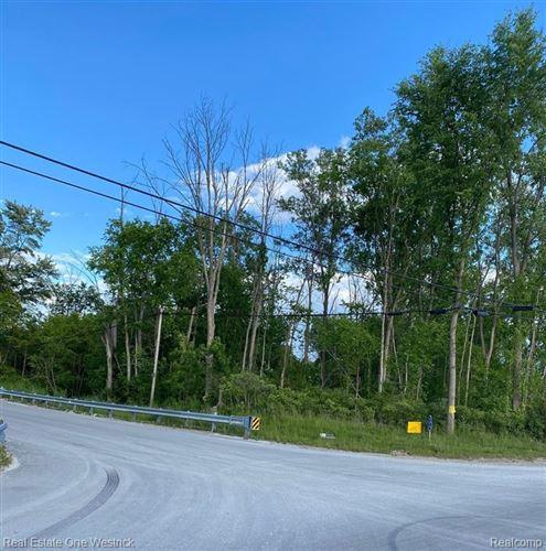 Photo of 505 RICHMAN RD, Saint Clair, MI 48079- (MLS # 40071568)