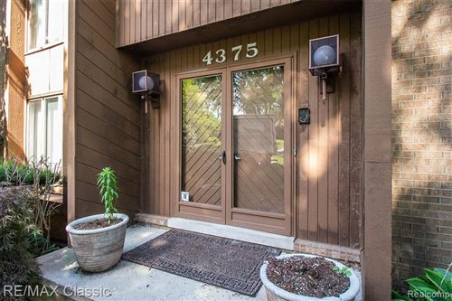 Tiny photo for 4375 MIDDLETON DR, Bloomfield Hills, MI 48302-1630 (MLS # 40071572)