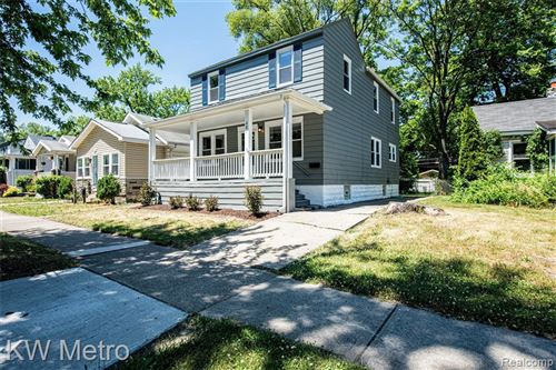 Photo of 481 E LEWISTON AVE, Ferndale, MI 48220-3724 (MLS # 40068573)